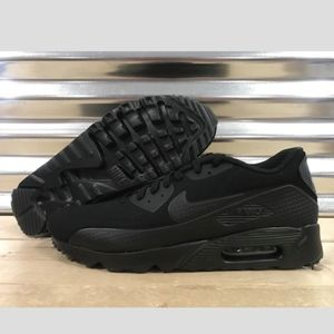 online retailer eac93 29842 Nike Shoes - Men s Nike Air Max 90 Ultra Moire (Size 13)
